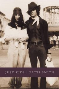 پتی اسمیت خاطرهپردازی خاطره پردازی پتی اسمیت، خیلی بچه بودیم (۲۰۱۰) Just Kids is a memoir by Patti Smith